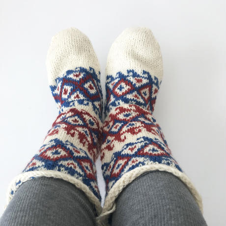イランの手編み靴下 冬のおくりもの  /ブルー×レッドのロング