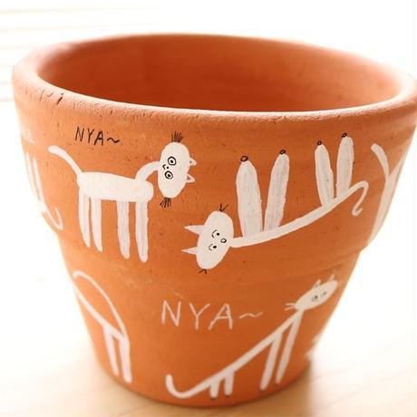 Tomoki Watanabe flower pot−nya