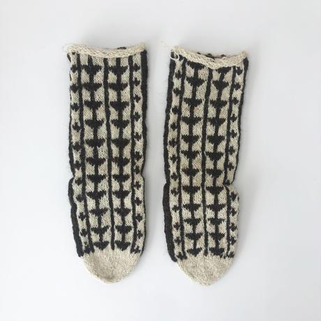 イランの手編み靴下 ホドラングセット④  / 原毛こげ茶×生成りと原毛生成りロング