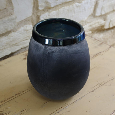Mersh smoky black round glass vase s 672798