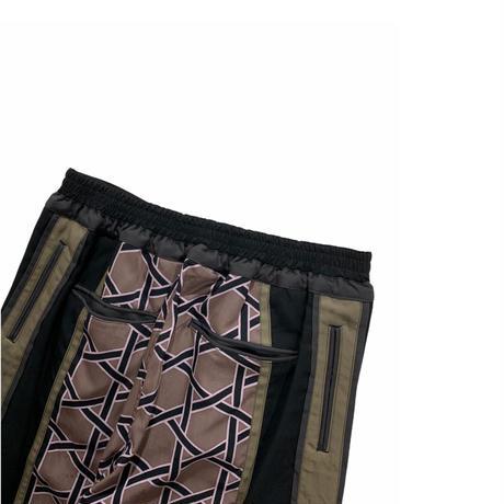 Sasquatchfabrix. /KAGOME FLAME PANTS