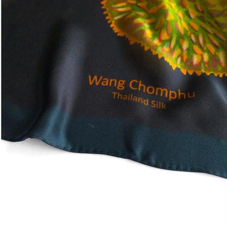 Wang Chomphu / BIG SCARF