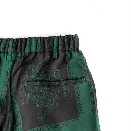 Wang Chomphu / SHORT PANTS