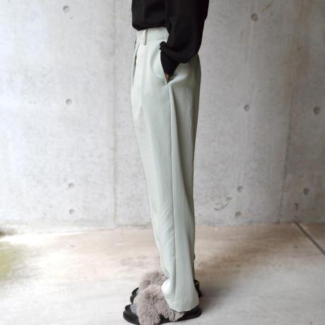Wide-leg tapered Pants【オンラインストア限定】