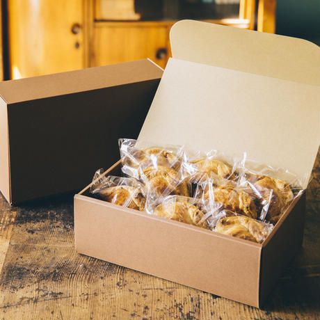 ミートパイ&チキンカレーパイ(8個set)|包みパイ専門店MEAT PIES MEET
