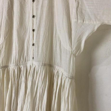 ルクツル のラバリジャケット ーコルカタカディー ホワイトスラブ