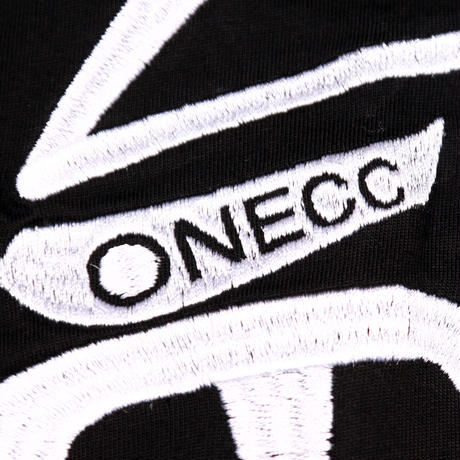 ONECC CLASSIC EMBROIDERY BL01 TEE