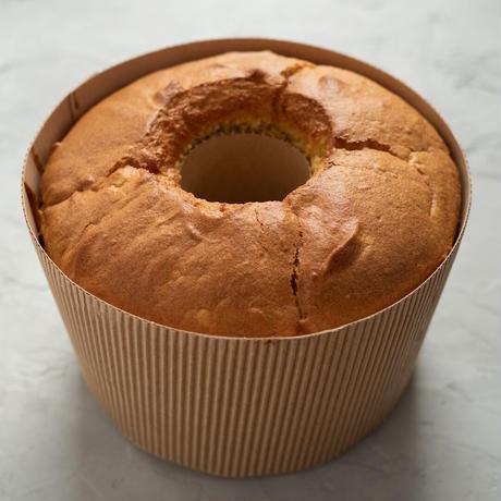 【7月1日発送】米粉のさつまいもシフォンケーキ(直径17cmホール)
