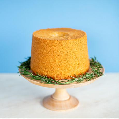 【5月27日発送】米粉のさつまいもシフォンケーキ(直径17cmホール)