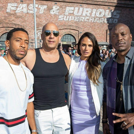 FAST & FURIOUS SUPERCHARGED Tシャツ