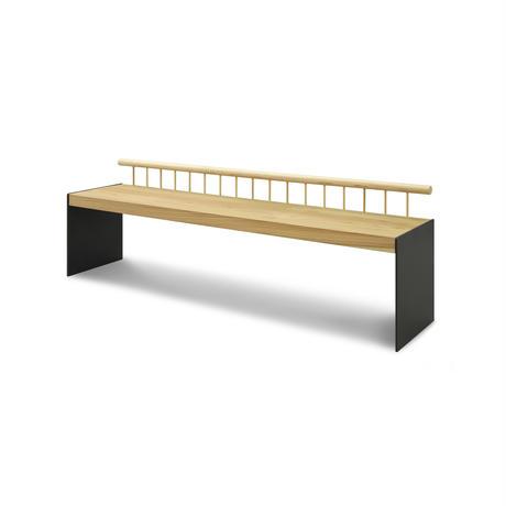 Sii ちょっと背伸びしたベンチ