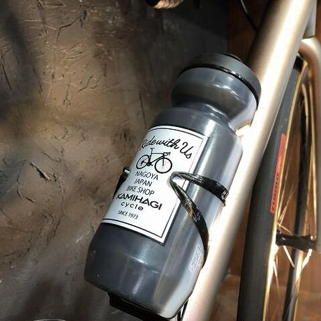 KAMIHAGI CYCLE オリジナルWATERBOTTLE サンド 22oz