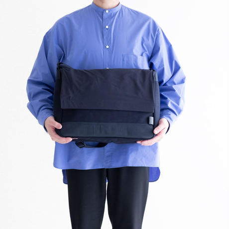 C6 RNA Messenger Bag 13(Navy)