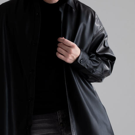 Iroquois SYNTHETIC LEATHER BIG SH(BLACK)