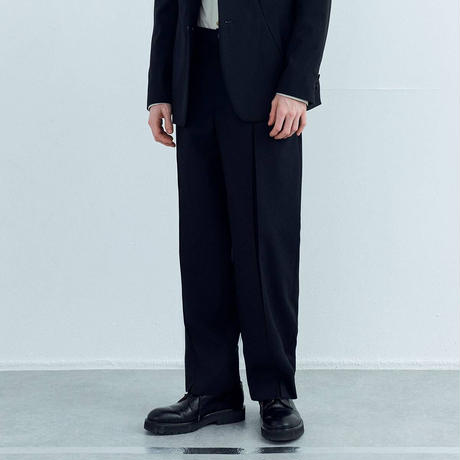 IRENISA DOUBLE CENTER PLEATS PANTS(BLACK)