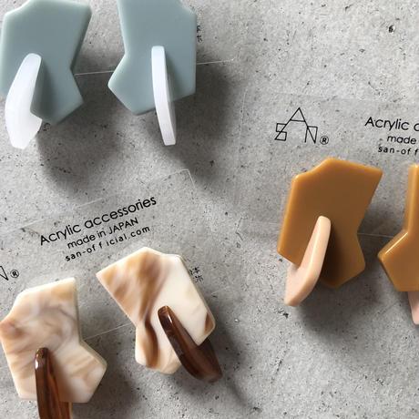 Aim   earring   (earclip)