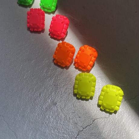 NEON Bijou pierce [11月上旬~11月中旬のお届け]sanrmk by sAn (ネオンビジューピアス)