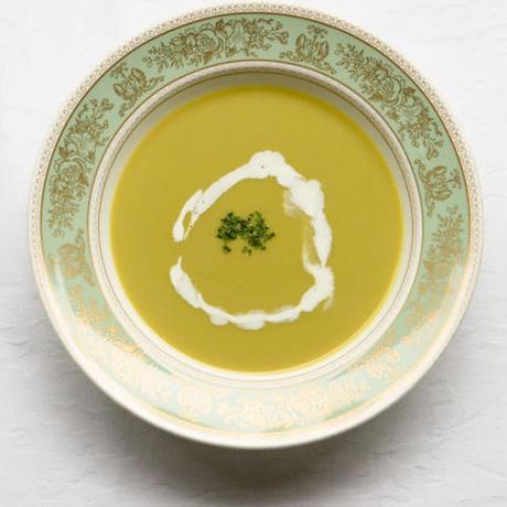 日比谷松本楼 ハイカラ えんどう豆のスープ