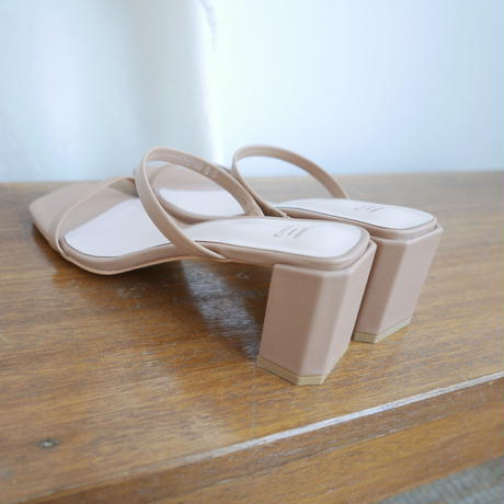 Two belt heel sandal