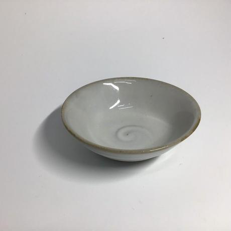 白釉小皿064w