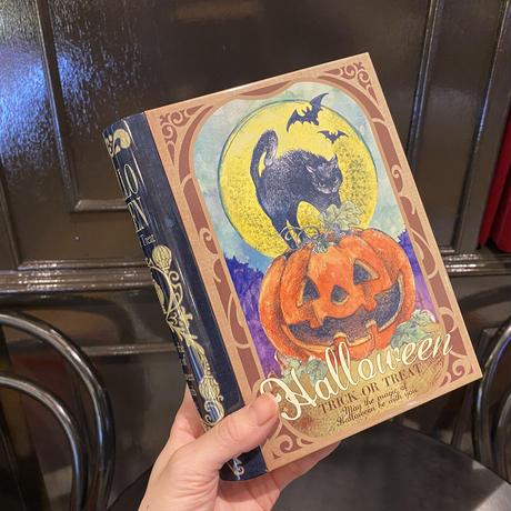 【ハロウィン限定】BOOKのお菓子缶