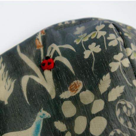 緑の森のテントウムシマスクA(綿入り)
