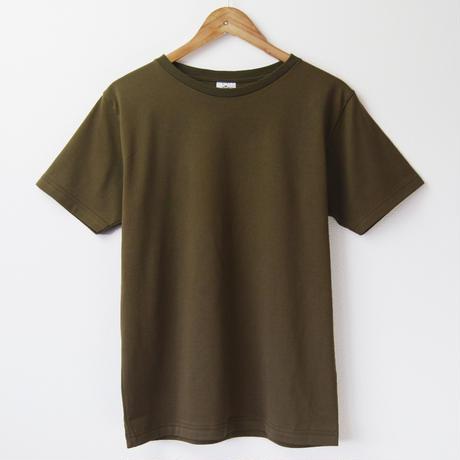ゆったり首まわり、すっきりシルエットの大人Tシャツ_ブラウンカーキ