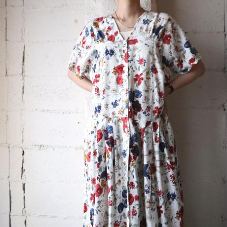 Flower Pattern Collarless Dress IVRE