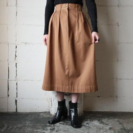Tuck Flared Skirt BR