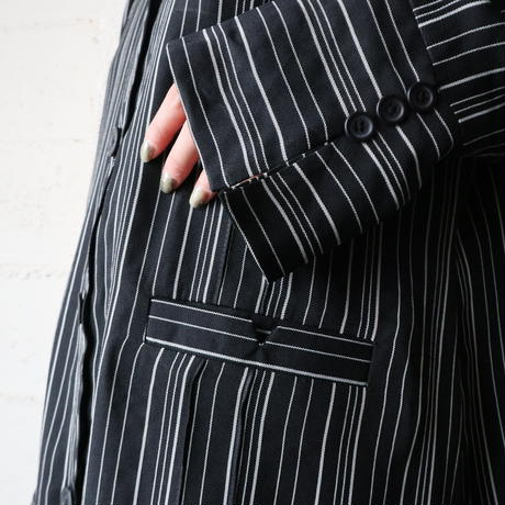 Slit Long Stripe Coat BKWH