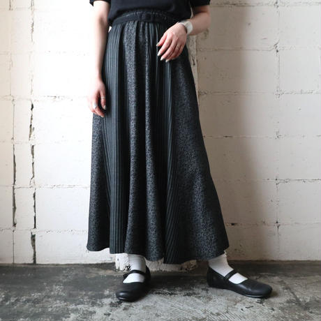 Stripe × Flower Pattern Flared Skirt BKGR