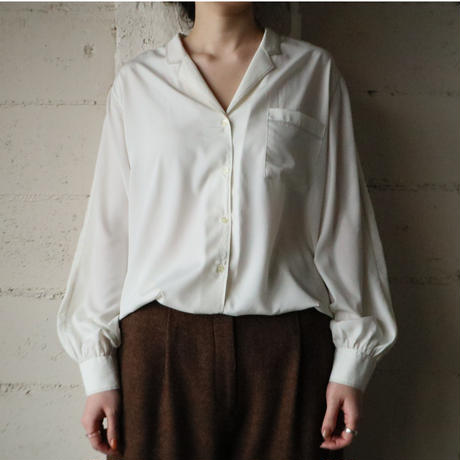 Open Collar Stitch Blouse WH