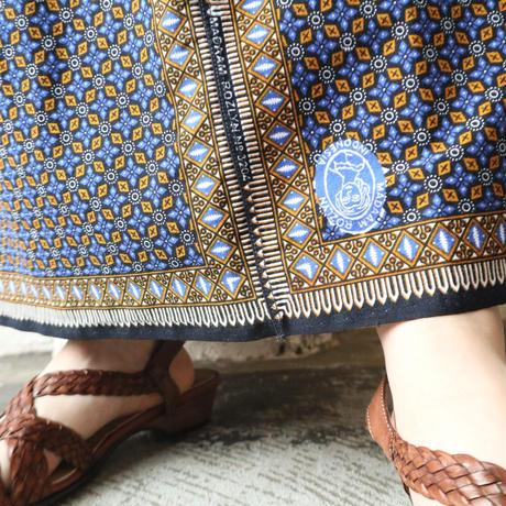 Arabesque Pattern Flared Skirt BLOR