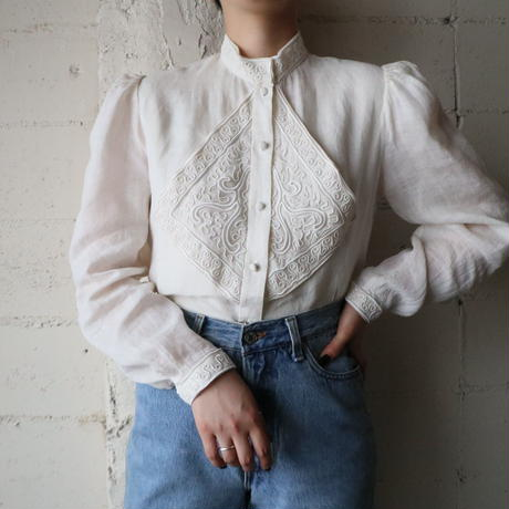 Embroidery Linen Blouse IV