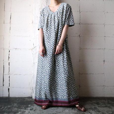 Leaf Pattern Collarless Dress WHNV