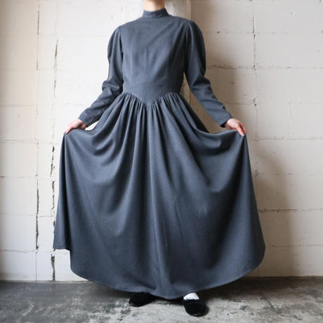 Stand Collar V Waist Dress GR