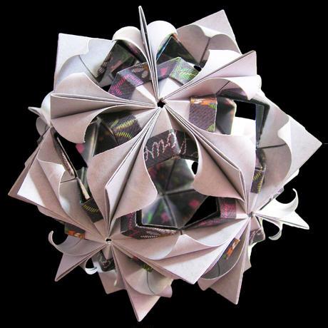 折り紙で作るくす玉の折り図「イノセント」