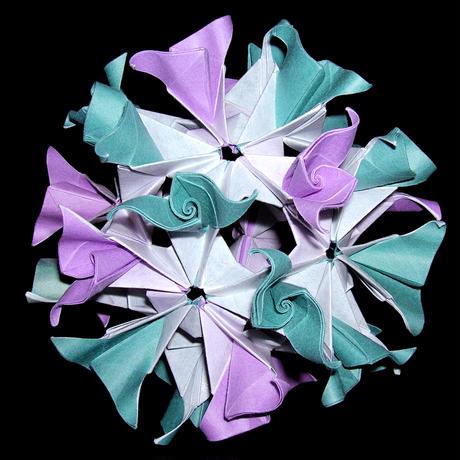 折り紙で作るくす玉の折り図「ミスラ」
