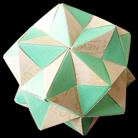 折り紙で作るくす玉の折り図「インウィット」