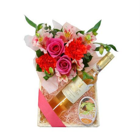 【母の日の予約商品】フラワーギフト 母の日のビオロゼワイン、お花アレンジとスイーツギフト
