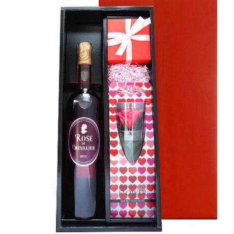 お花とワイン、フラワーベースのセット フランスのロゼワイン「ドメーヌ・ド・シュヴァリエ」とプリザーブドフラワーのバラの花、手作りの津軽びいどろの一輪挿し ラッピング付 熨斗可能