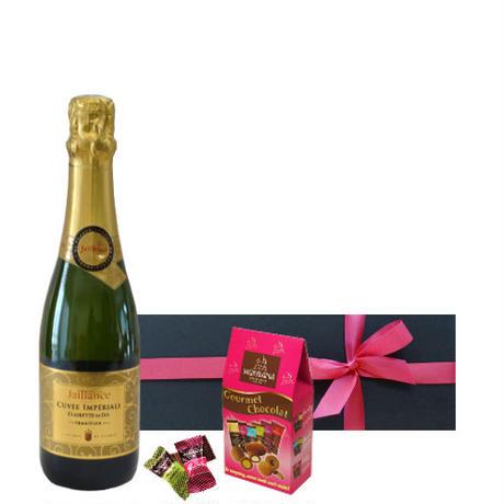 フランスのスイーツとスパークリングワインのギフト ハーフボトルのフルーティーなスパークリングワイン375ml とアーモンドチョコレートセット、個別包装、15個入り  ラッピング付 熨斗可能