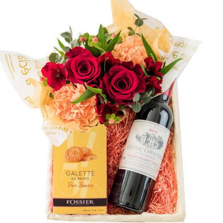 《父の日 2021》【ワインとお花・スイーツのギフト】フランスの赤ワインと生花アレンジメント・クッキーのセット
