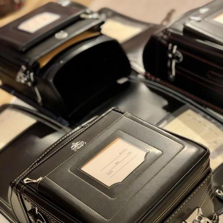 ペリカンポッケ  61103 キッズアミ (ブラック/ゴールド ・ブラック/レッド ・ブラック/ブルー) 全3色