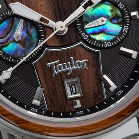 The Alterra Chronograph 44mm - ORIGINAL GRAIN × TAYLOR GUITARS (Cameroon Ebony/Stainless Steel)