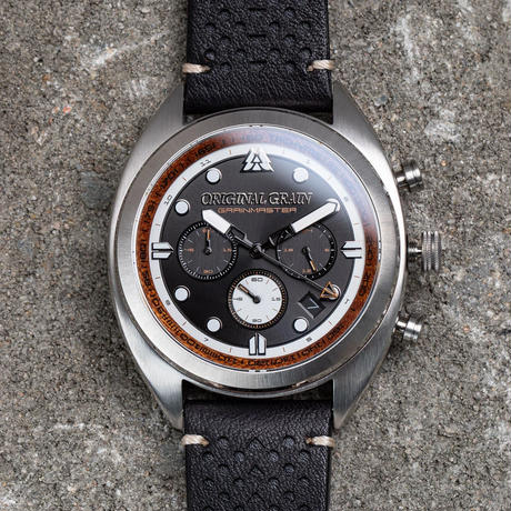 The Grainmaster Chronograph 45mm - Chestnut Black