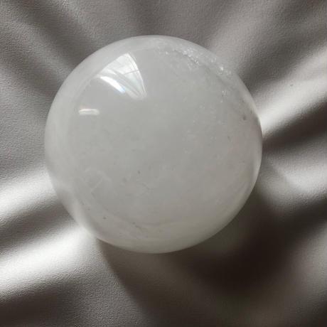 ⑩ アゼツライト丸玉 サイズ:90mm