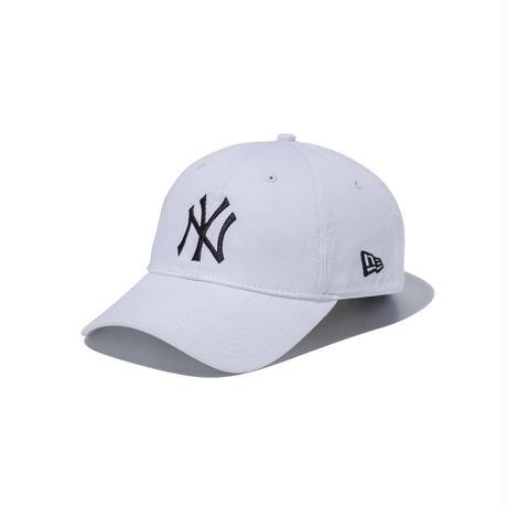 <newera>9TWENTY クロスストラップ ウォッシュドコットン ニューヨーク・ヤンキース ホワイト × ブラック