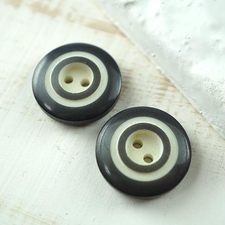 ◆2個◆【vi0143】ヴィンテージボタン20mmダークグレイブラック