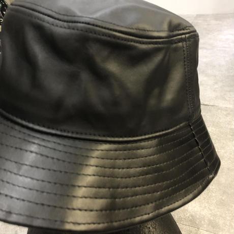 "NEWHATTAN  ""leather bucket hat"""